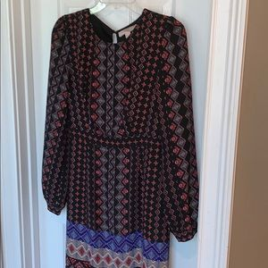 Ladies Forever 21 Dress NWOT Long Sleeve Small